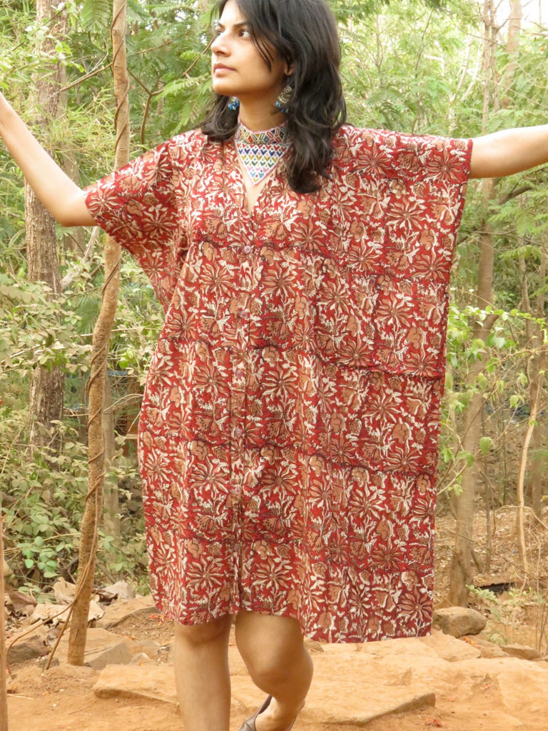 """""""Organic Au Naturelle"""" Button-Front kaftan in Red Floral pattern"""
