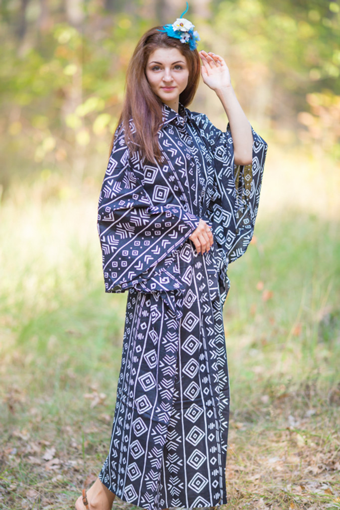 """Oriental Delight"" kaftan in Tribal Aztec pattern"