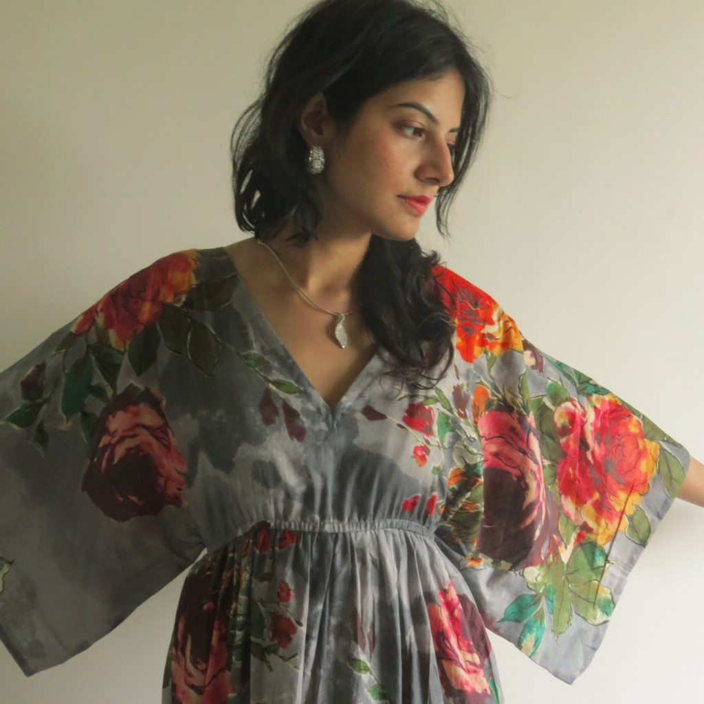 """I wanna Fly"" kaftan in Large Floral Blossom pattern"