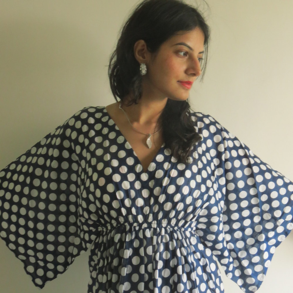 """I wanna Fly"" kaftan in Polka Dots pattern"