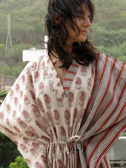"""Organic Au Naturelle"" Cinched Drawstring kaftan in Cream Red Paisley Pattern"
