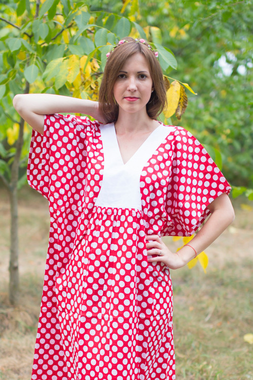 """Flowing River"" kaftan in Polka Dots pattern"