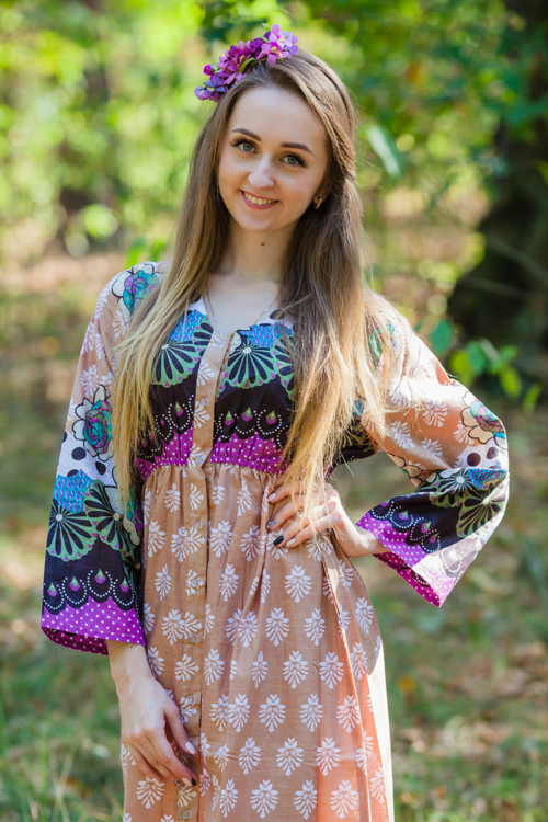 """""""Button me down"""" kaftan in Floral Bordered pattern"""