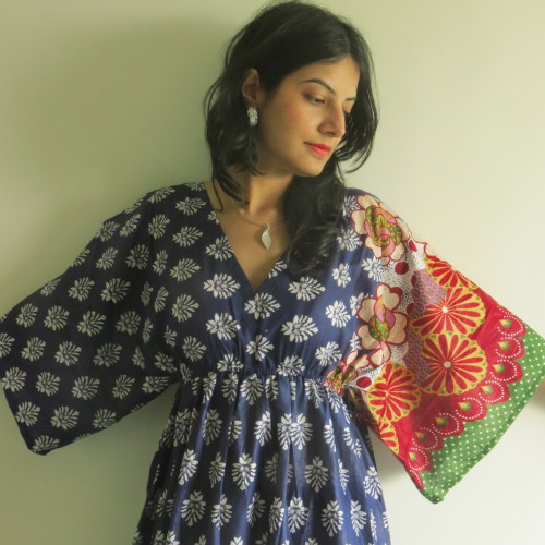 """I wanna Fly"" kaftan in Floral Bordered pattern"