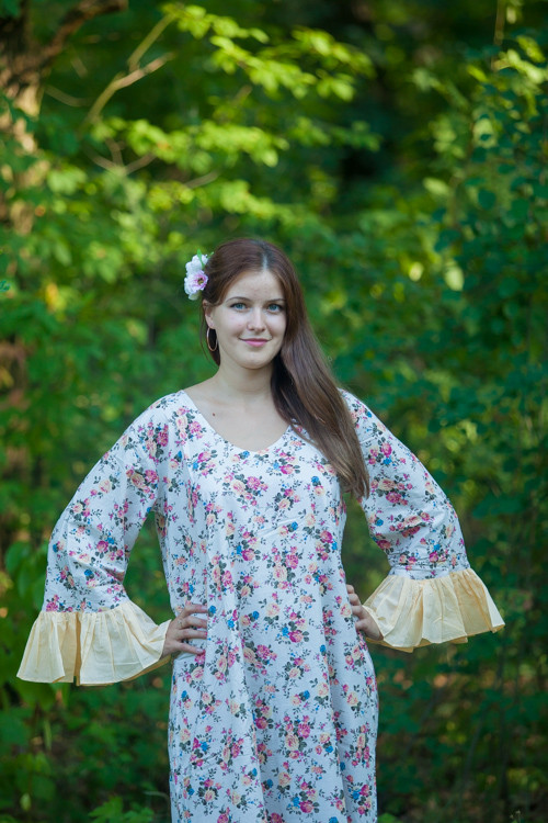 """Frill lovers"" kaftan in Vintage Chic Floral pattern"