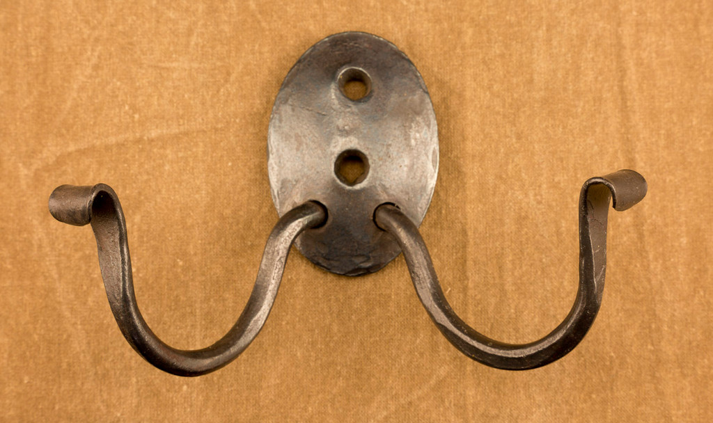 Oval Plate Double Coat Hook