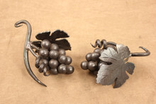 wrought iron wine chain grape clusters (2)