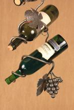 Wine Chain Detail