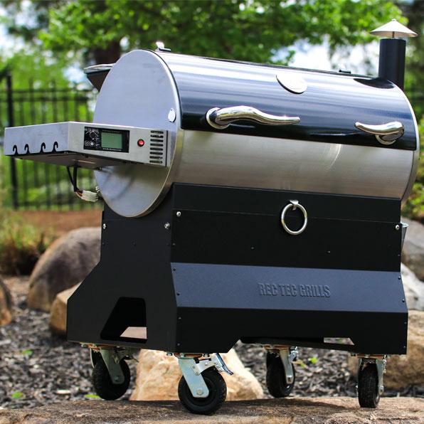 Rec Tec - man using grill