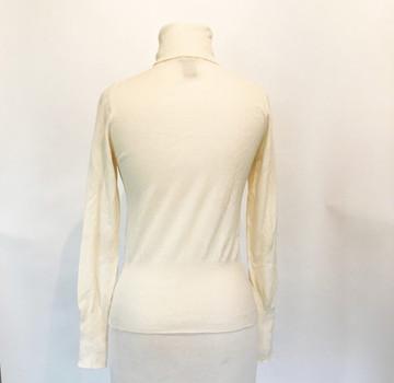 Theory Creamy White Merino Wool Turtleneck