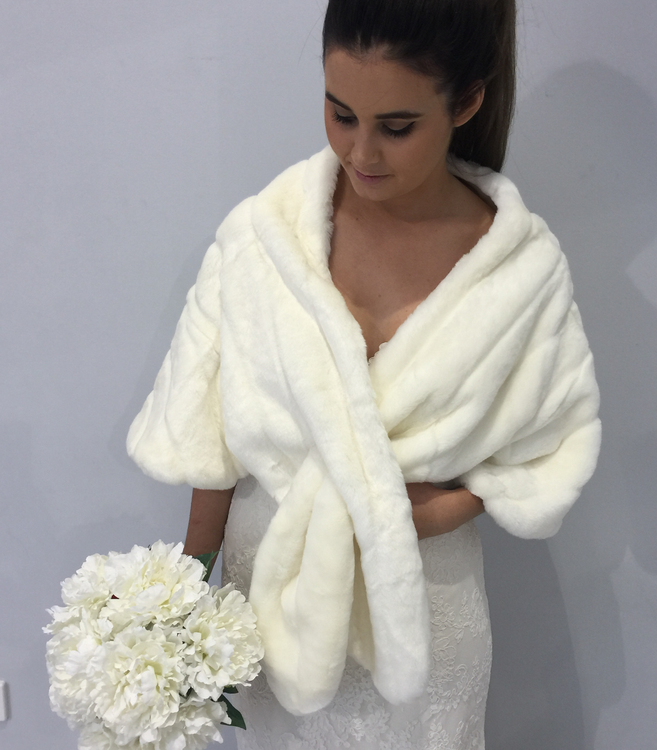 Faux Fur Bridal Bolero in Ivory