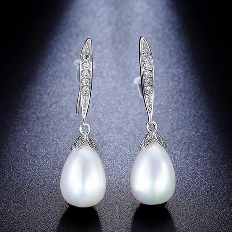 Pearl Waterdrop Pendant Earrings