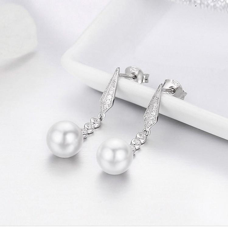 Geometric Drop Pearl Earrings