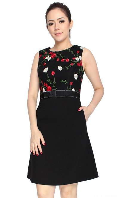 Embroidered Floral Dress - Black