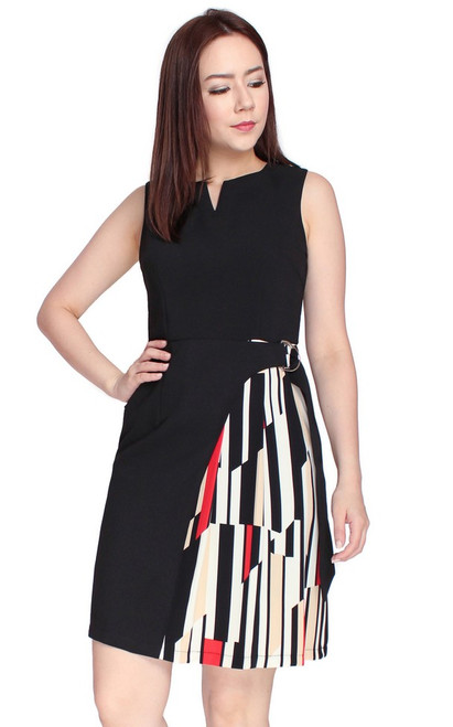 Printed Side Panel D-Ring Dress - Black
