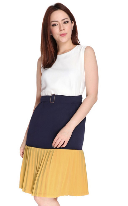 Tricolour Pleated Hem Dress - White