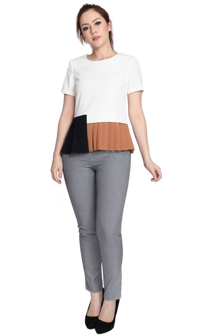 Colourblock Pleated Hem Top - White