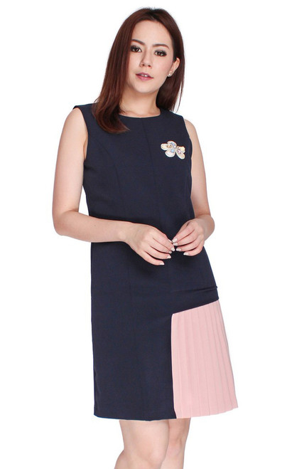 Contrast Pleated Side Panel Dress - Navy