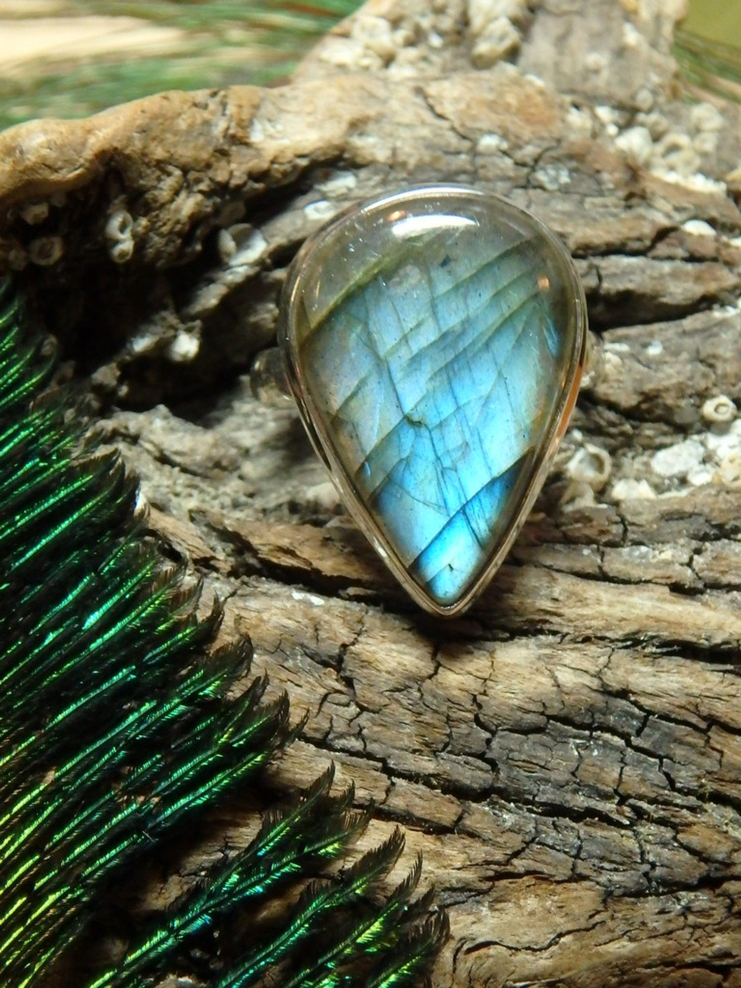 Incredible sea foam green blue labradorite gemstone ring