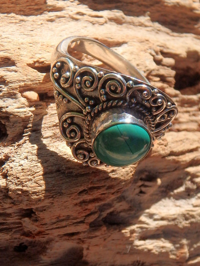 Malachite Green Serenity Ring in Sterling Silver (Size 8)
