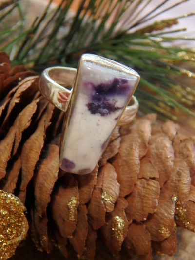 Creamy White & Purple Tiffany Stone Gemstone Ring in Sterling Silver (Size 6)
