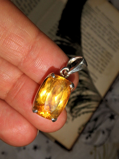Gorgeous & Uplifting Faceted Golden Citrine Pendant in Sterling Silver (Includes Silver Chain)