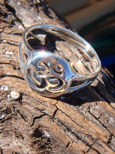 OHM Ring In Sterling Silver 2