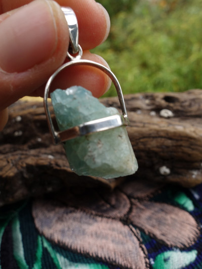 Raw & Natural Sea Blue Aquamarine Floating Pendant In Sterling Silver (Includes Silver Chain)