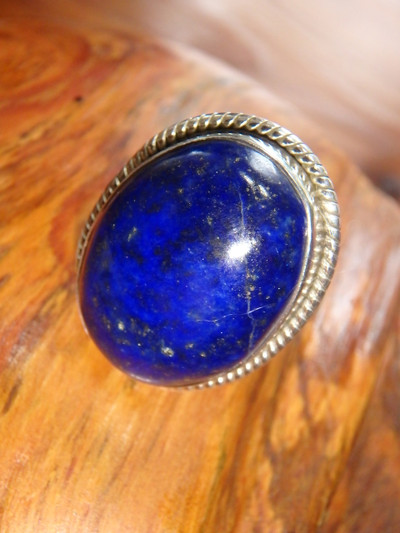 Lovely Deep Azure Blue Lapis Lazuli Ring In Sterling Silver (Size 7)