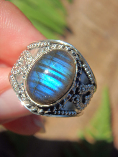 Cobalt Blue Ribbons Labradorite Ring in Sterling Silver (Size 8.5)