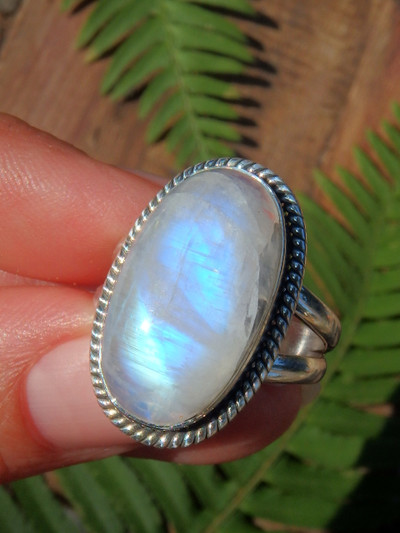 Mystical Flash Rainbow Moonstone Ring in Sterling Silver (Size 8)