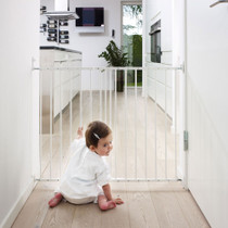 BabyDan Multidan Metal Safety Gate - White (W 62.5-106.8 cm)