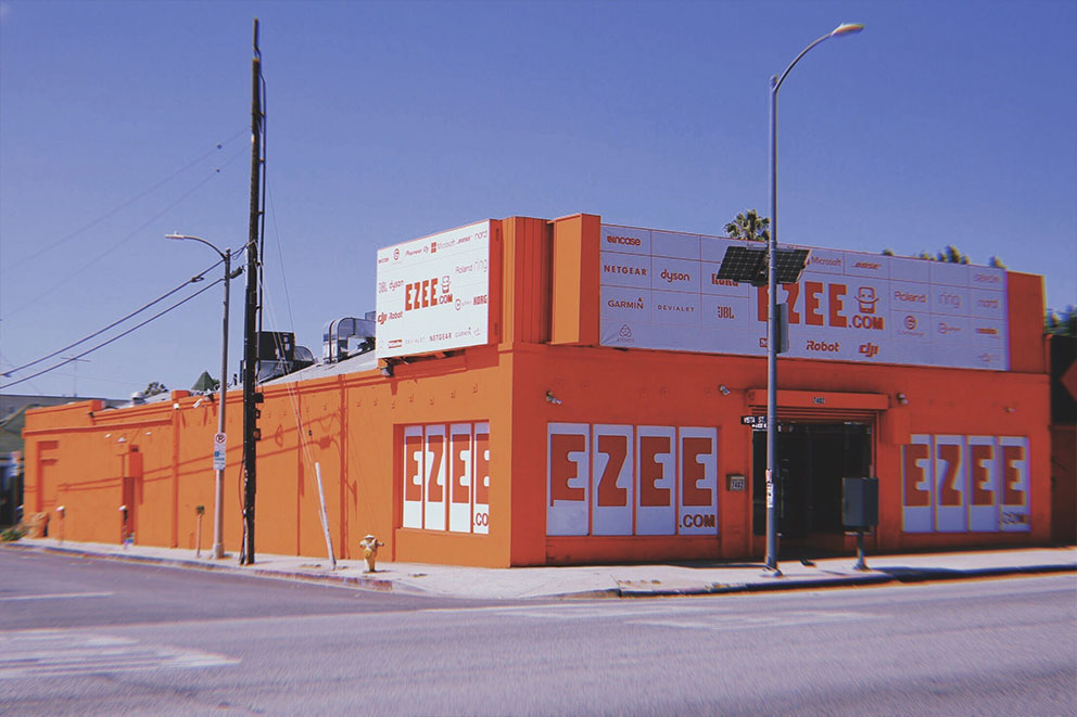 E ZEE 1: 7402 W Sunset Blvd, Los Angeles, CA, 90046