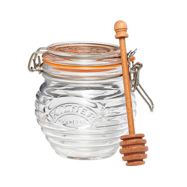 The Kilner Glass Honey Pot Set is equipped with a clip-top lid and rubber gasket that seals in freshness.