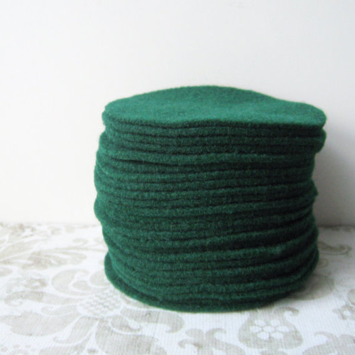 Hunter Green Felt Circles (To see price please choose the diameter)