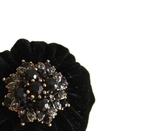 "2"" Black Velvet Emery Pincushions - Keep Your Needles Clean & Sharp"