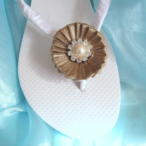 Champagne Decorated Flip Flops / Bridesmaid , Bridal Shower, Flower Girl, Birthday Party, Favor
