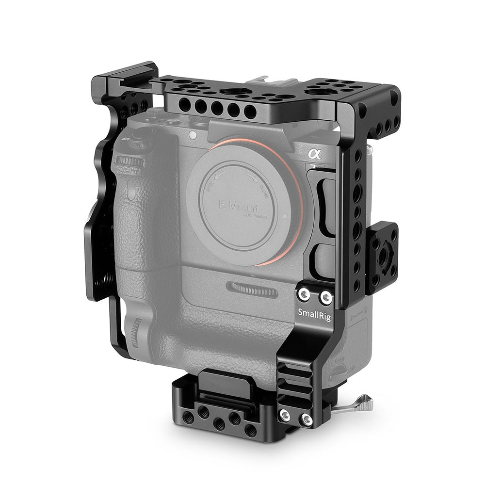 SmallRig Camera Cage for Sony A7II A7SIIA7RII with Battery Grip 2031