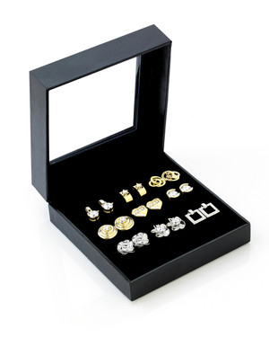 .9 Pair Earring Set by Cia Venitta