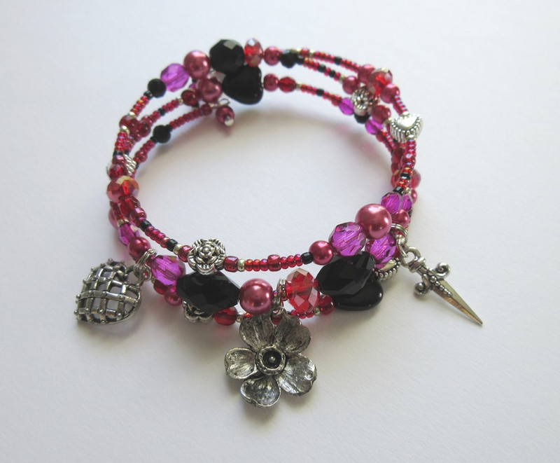 """This bracelet is inspired by the seductive aria """"Mon cœur s'ouvre à ta voix"""" from the Saint-Saens opera Samson and Delilah."""