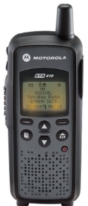The DTR 410 has a Custom Programming Software Port: Connect radio to a PC with data cable for easy programming. Also used to connect non-audio accessories or plug-in charging.