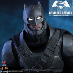 Hot Toys MMS349 Batman v Superman: Dawn of Justice Armored Batman