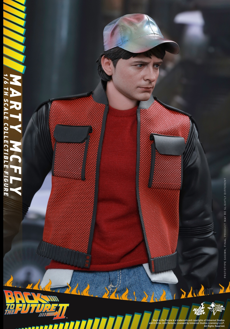 Hot Toys MMS379 Back to the Future Part II Marty McFly