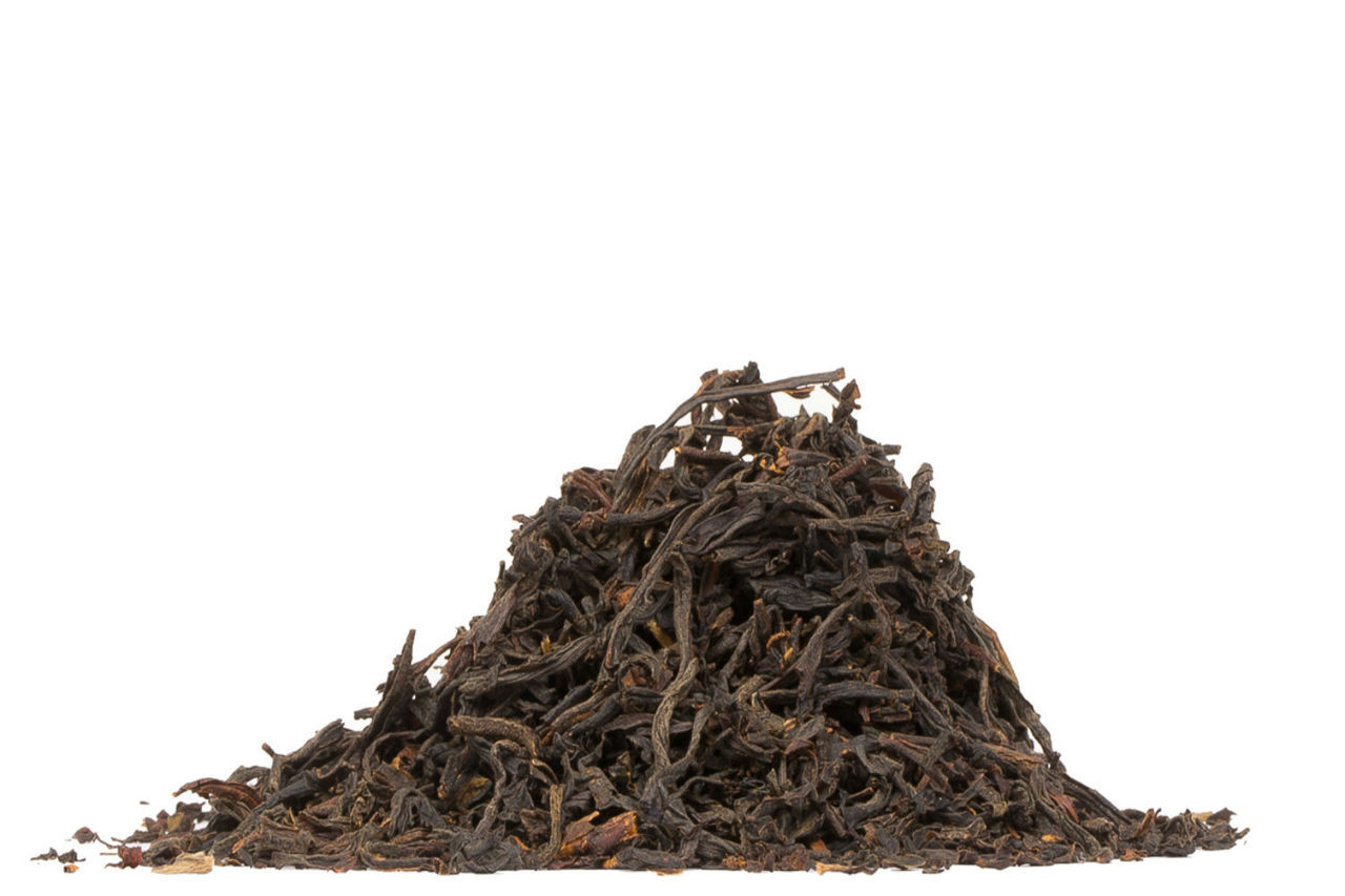 Get in touch with your inner William Wallace and wake up with this robust blend of Indian, Sri Lankan and Chinese black teas. Our in-house blend is the strongest of all our breakfast teas and yields a full body while also pairing well with milk. Steep: 1-1.5 tsp, Boiling Water, 3-5 Minutes