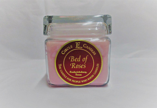 Circle E Candle, Bed of Roses, 28 oz.