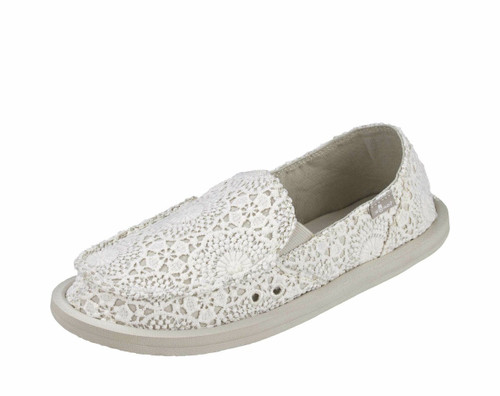 Women's Sanuk Shoe, Donna, Crocheted White with Oatmeal