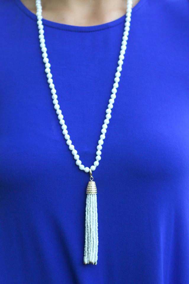 Livin' The Dream Necklace: White