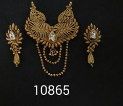 Amazing Gold Plated Kundan Work Mangal Sutra Set1181