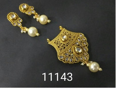Amazing Gold Plated Pearl Work Mangal Sutra Set1182