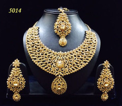 Stunning Gold Plated Heavy Wedding Wear Necklace Set1958